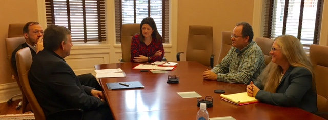 Dr. Meaghan Duff, Executive Director of the Personalized Learning Consortium (PLC) at the Association of Public Land Grant Universities (APLU) and Dr. Karen Vignare, PLC Program Director, met with faculty and administrators involved with adaptive learning at UM.